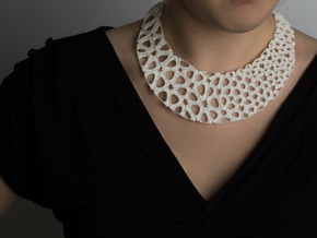 Kinematics 116n necklace in White Natural Versatile Plastic