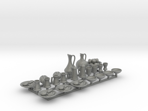 Medieval Feast table.  23 pieces for 1/24 scale in Gray Professional Plastic