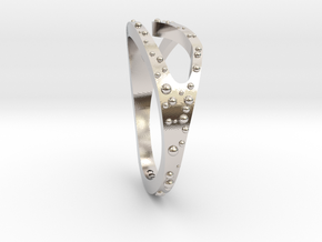 Wave Ring in Rhodium Plated Brass: 4.5 / 47.75