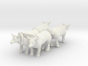 HO Scale Oxen Set in White Natural Versatile Plastic