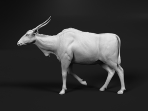 Common Eland 1:20 Walking Female in White Natural Versatile Plastic