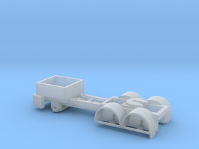 Tri-Axle Tractor Chassis for Herpa 1:120 TT Scale in Smooth Fine Detail Plastic: 1:120 - TT