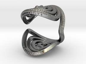 Serpentine Snake Ring: Diamond Pattern in Polished Silver