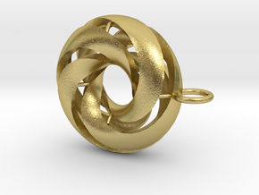 marine in Natural Brass: Medium