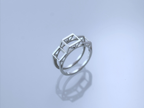 Trussed Ring in Polished Silver: 8.5 / 58