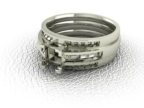 Princess cut channel ring  in 14k White Gold