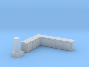Shop Building - Shop Accessories in Smooth Fine Detail Plastic: 1:87 - HO