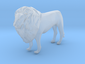 S Scale Lion in Smooth Fine Detail Plastic