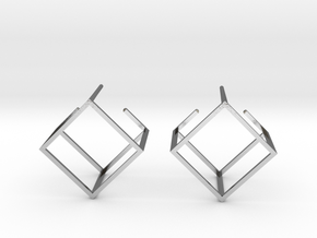 Cube earring in Polished Silver