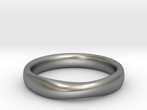 SMOOTH MOBIUS RING L in Natural Silver