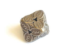 D8 Balanced - Cherry Blossom in Polished Bronze Steel