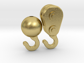 Brass hook set in Natural Brass