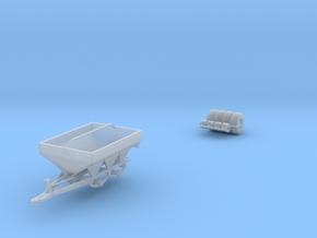 White 6-Ton Dry Fertilizer Spreader No Tarp in Smooth Fine Detail Plastic