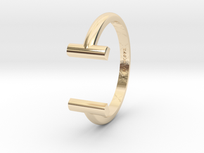 Square Ring in 14K Yellow Gold