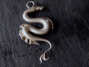 Lamprey Pendant in Natural Silver