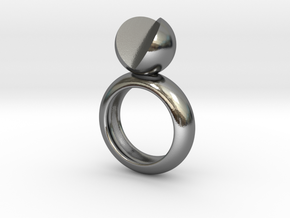 SIMPLY LOVE - size 8 in Polished Silver