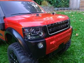 Discovery 4 front grille (discovery 3 facelift) in White Natural Versatile Plastic