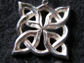 4 Clover Knot - Pendant in Polished Silver