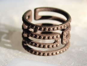 Uruk Ring Studded - Size 6 in Polished Bronze Steel