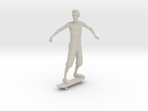 Skater 1:32 in Natural Sandstone