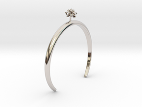 Lotus bracelet with one small flower in Rhodium Plated Brass: Medium
