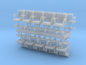 HO Scale rolling office chairs x20 in Smooth Fine Detail Plastic