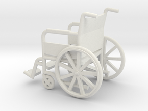 1:18 Wheelchair in White Natural Versatile Plastic