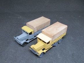 1/ 144 Henschel D33 with canvas (set of two) in White Natural Versatile Plastic