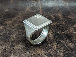 Butterfly Keyboard Ring in Polished Silver: 10 / 61.5