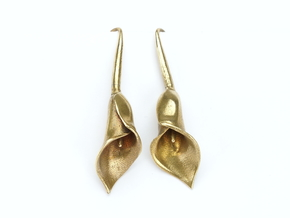 Calla lily earrings in Natural Brass