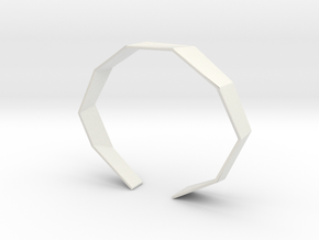 Faceted Bracelet Size L in White Natural Versatile Plastic