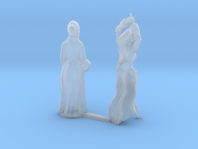 O Scale Old Lady and Young Dancer in Smooth Fine Detail Plastic