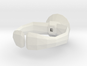 """""""Lowpoly"""" ring in White Natural Versatile Plastic"""