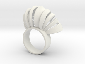 Nasu Ring Size 6 in White Natural Versatile Plastic