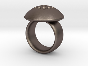 Magnetic Sculpture Ring Size 8 in Polished Bronzed Silver Steel