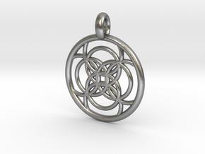 Amalthea pendant in Natural Silver