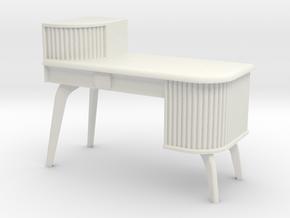 1:24 Asymmetrical Moderne Desk in White Natural Versatile Plastic