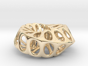 Mobius Strip in 14K Yellow Gold