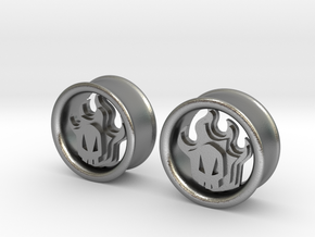 1 Inch Flame Skull Plugs in Natural Silver
