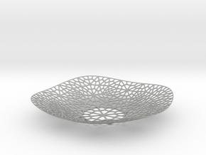 Lace Plate in Metallic Plastic