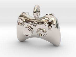 XBox 360 Controller Pendant in Platinum