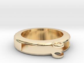 Circular Frame Pendant in 14K Yellow Gold