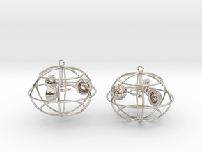 The anemometer earrings in Platinum