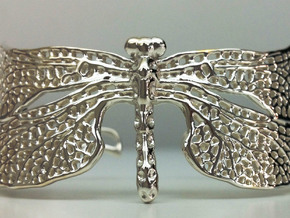 Dragonfly sizes XS-XL in Fine Detail Polished Silver: Small