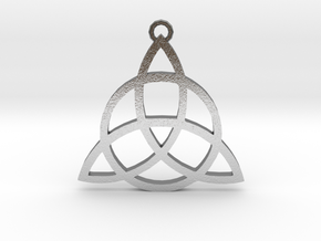 Triquetra in Natural Silver