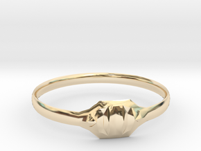 Triss Ring US Size 6 UK Size R in 14K Yellow Gold