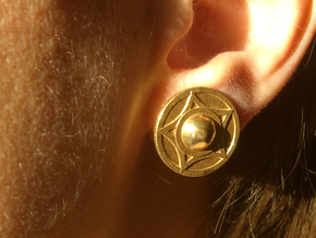 Buckler earring stud (14th c. Shield) in Natural Brass