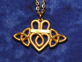 Claddagh Triquetra Pendant in Raw Brass
