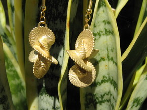 Coil 140 Earrings in Natural Brass