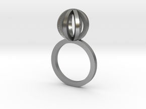 Sphere outlines ring in Natural Silver